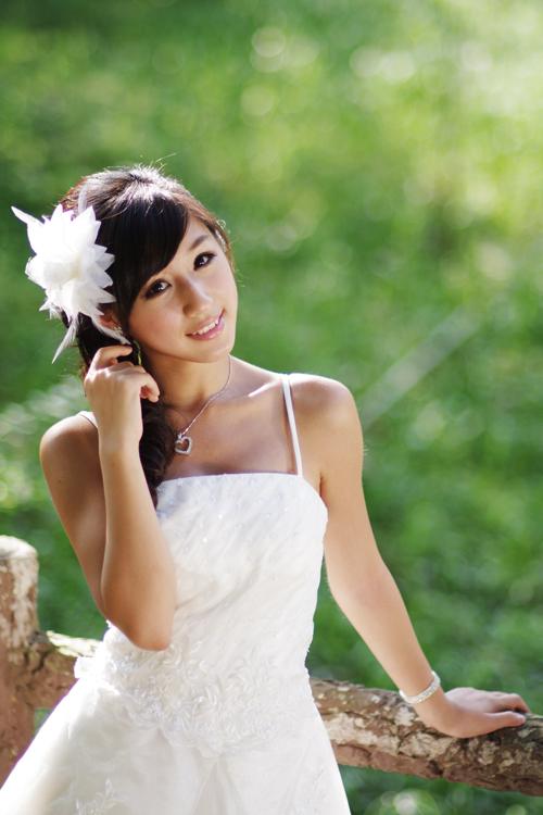 嬌俏的新娘 - Tiffie Siu